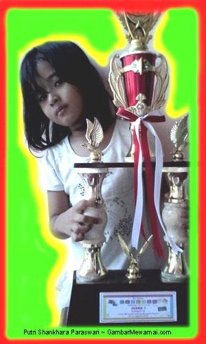 Putri Shankhara Paraswari Juara